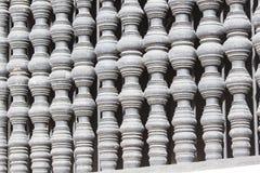 Mur du fond blanc de colonnes Photographie stock