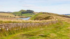 Mur du ` s de Hadrian dans le Northumberland image stock