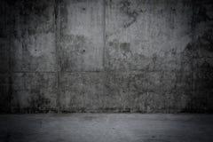 Mur en béton sale et plancher comme fond Photographie stock libre de droits