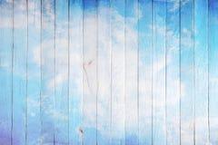 Mur en bois Photos libres de droits
