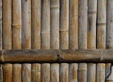 Mur en bois d'une maison traditionnelle japonaise Photos stock