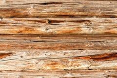 Mur en bois de rondins de vieille maison rurale comme fond Image stock