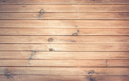 Mur en bois de vintage blanc avec des noeuds Image libre de droits