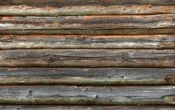 Mur en bois des rondins vieux comme texture de fond Photos libres de droits