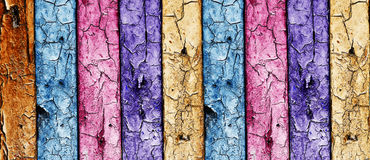 Mur en bois multicolore de cru Image libre de droits
