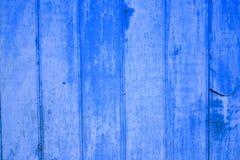 Mur en bois peint par bleu en Indonésie Photo stock