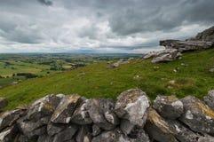 Mur en pierre à la colline de Wolfscote Photos libres de droits
