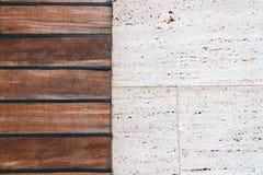 Mur en pierre brun et gris fait main image stock