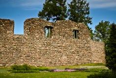 Mur en pierre d'un château ruiné Images libres de droits