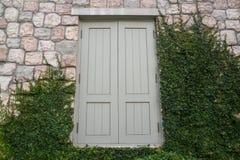 Fa ade en pierre de placage sur l 39 ext rieur de maison for Placage exterieur