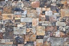 Mur en pierre géométrique coloré Photo libre de droits