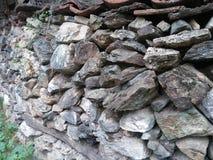 Mur en pierre vieux Photos stock