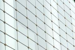 Mur en verre dans une construction moderne Image libre de droits