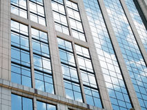 Mur en verre de miroir Photographie stock libre de droits