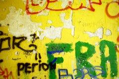 Mur et lettres Photographie stock