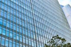 Mur extérieur moderne d'immeuble de bureaux Photo stock