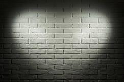 Mur gris avec l'effet de la lumière de forme de coeur et l'ombre, photo abstraite de fond Images stock