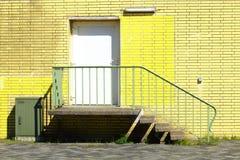 Mur jaune Images libres de droits