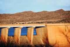 Mur massif de barrage Photo libre de droits