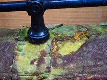 Mur moisi délabré et érodé de grès, Sydney, Australie images stock