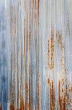 Mur ondulé rouillé en métal Photographie stock