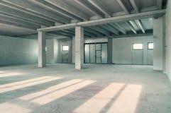 Pièce industrielle d'entrepôt Photographie stock libre de droits