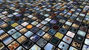 Mur visuel animé avec beaucoup de petites icônes sur des moniteurs, diagonalement Boucle-capable rendu 3d 4K banque de vidéos