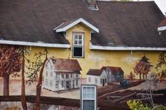 Mural en el lado de una casa en Baysville, Ontario Canadá fotos de archivo