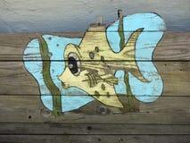 Murale del pesce sulle stecche di legno Fotografia Stock