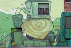 murales на здании в городе милана в Италии Стоковое Изображение