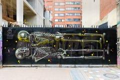 Murales del distrito de Candelaria del La de Bogotá con los esqueletos imagenes de archivo