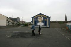 Murales leales en el creciente de Hopewell de William Bucky McCullough. Foto de archivo libre de regalías