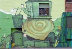 murales op een gebouw in de stad van Milaan in Italië stock afbeelding