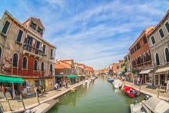 MURANO WŁOCHY, WRZESIEŃ, -, 2017: Murano, Wenecja, Włochy w lato sezonie Widok wyspa od jeden mosty z ryba Obraz Stock