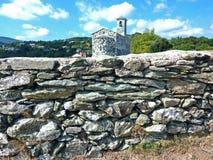 Murato,可西嘉岛,法国绿白教会  免版税图库摄影