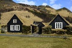 Murawa drewniani domy w Iceland Zdjęcie Royalty Free