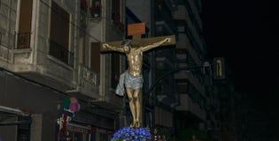 Murcie, Espagne, le 19 avril 2019 : Cortège de nuit de silence pendant la semaine sainte pendant les rues de Murcie photos stock