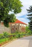 Muren en middeleeuws Uzhhorod-Kasteel in de Oekraïne Stock Afbeelding