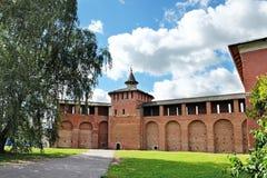 Muren en torens van het Kremlin in Kolomna Stock Afbeeldingen