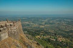 Muren en watchtowers in bolwerk naast het Marvao-Kasteel royalty-vrije stock foto's