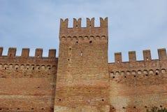 Muren van het kasteel van Gradara, Italië Stock Foto