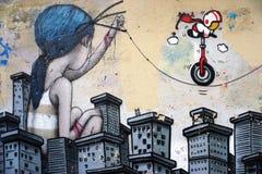Murez la peinture murale par l'artiste français célèbre Seth Globepainter de rue à Paris Image stock