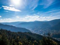 Murgtal landskap i Forbach - azur version arkivbilder