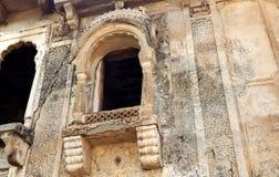 Muri l'arte e l'architettura delle finestre del tempio di 200 anni Fotografia Stock Libera da Diritti