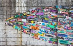 Muri la decorazione del pesce di legno nel villaggio della cultura di Gamcheon, Busan, Corea Fotografia Stock