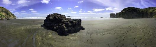 Muriwai毛利人海湾海滩全景 库存照片