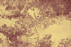 Muro de cemento con las manchas de óxido de una pintura vieja imagen de archivo