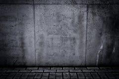 Muro di cemento e pavimento Grungy come fondo Immagine Stock Libera da Diritti