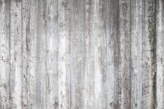 Muro di cemento grigio con il modello di legno Immagine Stock Libera da Diritti
