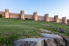 Muro di cinta antico a Avila, Spagna Immagini Stock